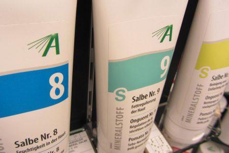Die 12 Mineralstoffe nach Dr. Schüßler als Salben/Cremegele