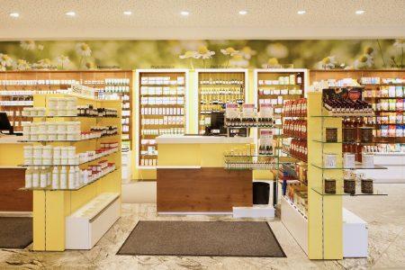 Die Kamillen-Apotheke in Treffling
